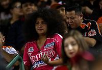 Aficionados, aficionada de los naranjeros , durante juego de beisbol de la Liga Mexicana del Pacifico temporada 2017 2018. Quinto juego de la serie de playoffs entre Mayos de Navojoa vs Naranjeros. 6Enero2018. (Foto: Luis Gutierrez /NortePhoto.com)