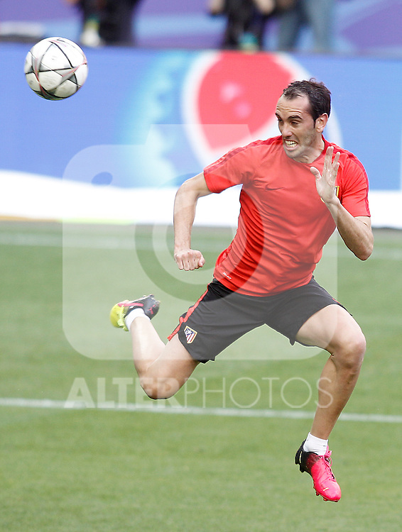 Atletico de Madrid's Diego Godin during Champions League 2015/2016 training session. May 27,2016. (ALTERPHOTOS/Acero)