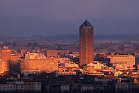 Europe/France/Rhône-Alpes/69/Rhone/Lyon: le Quartier de La Part Dieu et sa Tour vu depuis la Basilique Notre-Dame de Fourvière
