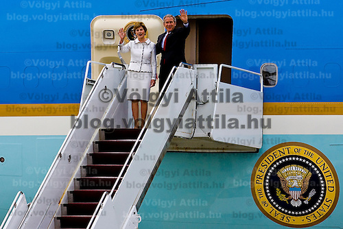 American president George Bush and his wife on an official visit to Hungary. Hungary. Wednesday, 21. June 2006. ATTILA VOLGYI