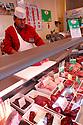 29/09/05 - BOURBON L ARCHAMBAULT - ALLIER - FRANCE - SICABA. Societe d Interet Collectif Agricole de Bourbon l Archambault. Abattage, decoupe, conditionnement et commercialisation de viande de bovin, d ovin et de porc. Magasin de vente directe - Photo Jerome CHABANNE