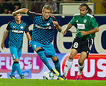 18.08.2011, Keine-Sorgen-Arena, Ried, AUT, UEFA EL, PLAYOFF, SV RIED (AUT) vs PSV EINDHOVEN (NED), Hinspiel, im Bild Ola Toivonen (PSV Eindhoven, #7) vs Stefan Lexa (SV Ried, #8) // during the UEFA Europaleague, 1st Leg Playoff Match, SV Ried against PSV Eindhoven at Keine-Sorgen-Arena, Ried, Austria on 2011-08-18, EXPA Pictures © 2011, PhotoCredit: EXPA/ J. Feichter