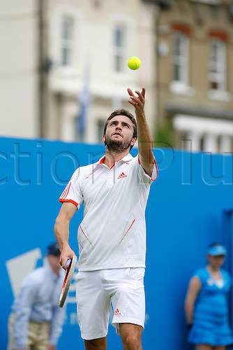 13.06.2012. Queens Club, London, England.  Gilles Simon(FRA) lost to Simone Bolelli(ITA) during their men's singles tennis match at the Queen's Club tournament in London June 13, 2012....