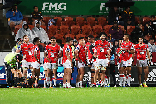 April 29th 2017, FMG Stadium Waikato, Hamilton, New Zealand; Super Rugby; Chiefs versus Sunwolves;  Dejected Sunwolves players after conceding a penalty during the Super Rugby rugby match