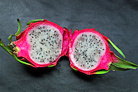 Alimentos. Frutas. Pitaya. Foto de Manuel Lourenço.