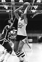 1980: Louise Smith.