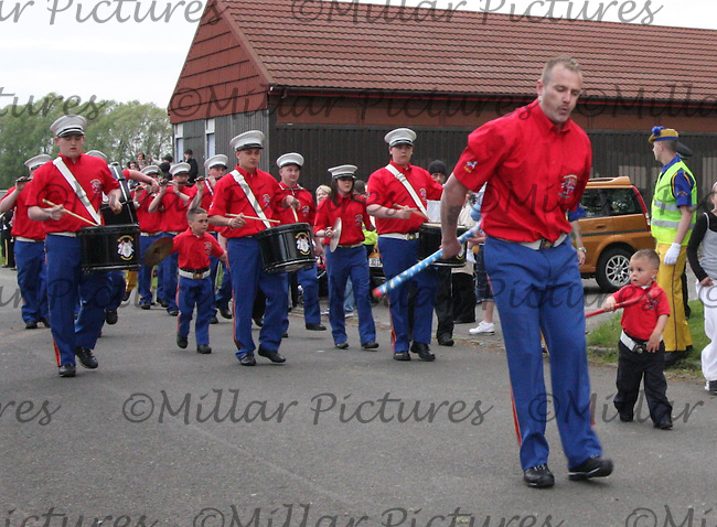 Dykehead Sons of William Flute Band