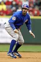 03 April 2006: Chicago Cubs' Todd Walker runs the bases against the Cincinnati Red's during the Reds' home opener at Great American Ballpark in Cincinnati, Ohio.<br />