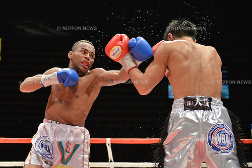 (L-R) Liborio Solis (VEN), Kohei Kono (JPN),<br /> MAY 6, 2013 - Boxing :<br /> Liborio Solis of Venezuela in action against Kohei Kono of Japan during the eighth round of the WBA super flyweight title bout at Ota-City General Gymnasium in Tokyo, Japan. (Photo by Hiroaki Yamaguchi/AFLO)