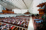 July, 1984, city of Garden Grove, Orange County, California, United States. The  Crystal Cathedral (Reformed Church in America) was designed by Philip Johnson. The main sanctuary building seats 2,736 people. Its construction began in 1977 and was completed in 1980.