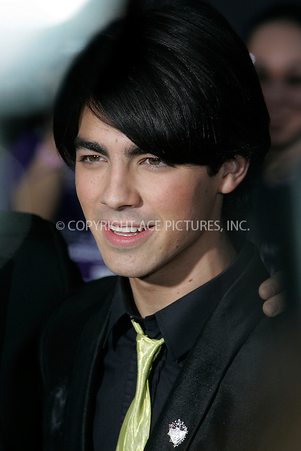 WWW.ACEPIXS.COM . . . . . ....February 24 2009, LA....Joe Jonas at the World Premiere of Walt Disney Pictures' 'Jonas Brothers: The 3D Concert Experience' on February 24, 2009 at the El Capitan Theatre in Hollywood, California.....Please byline: JOE WEST - ACEPIXS.COM....Ace Pictures, Inc:  ..(212) 243-8787 or (646) 679 0430..e-mail: picturedesk@acepixs.com..web: http://www.acepixs.com