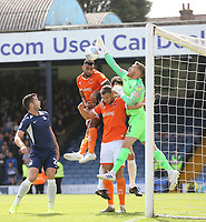Blackpool's Curtis Tilt challenges Southend United's Mark Oxley<br /> <br /> Photographer Rob Newell/CameraSport<br /> <br /> The EFL Sky Bet Championship - Southend United v Blackpool - Saturday 10th August 2019 - Roots Hall - Southend<br /> <br /> World Copyright © 2019 CameraSport. All rights reserved. 43 Linden Ave. Countesthorpe. Leicester. England. LE8 5PG - Tel: +44 (0) 116 277 4147 - admin@camerasport.com - www.camerasport.com
