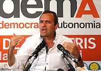 Conferenza Stampa di Luigi De Magistris , candidato del centrodestra , a commento del risultato nelle elezioni comunali 2016