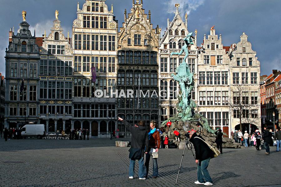 Praça em Antuérpia. Bélgica. 2007. Foto de Marcio Nel Cimatti.