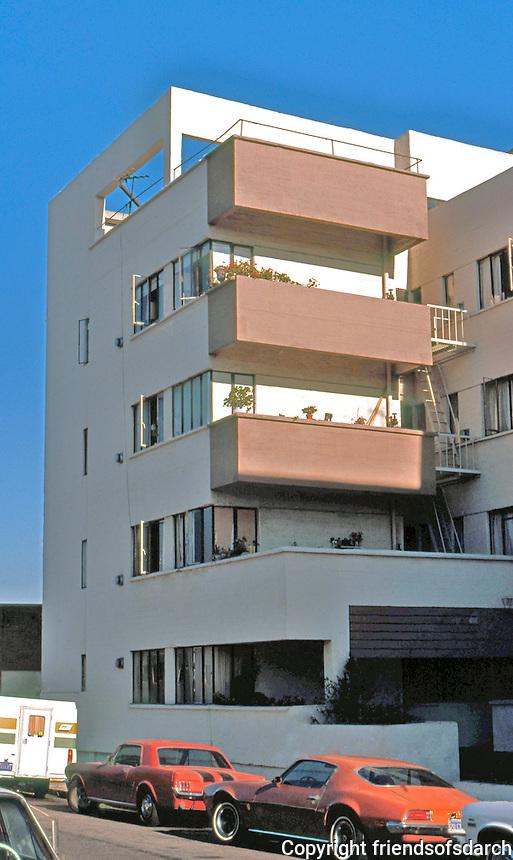 Richard Neutra: Jardinette Apartments, Los Angeles.  Photo '78.