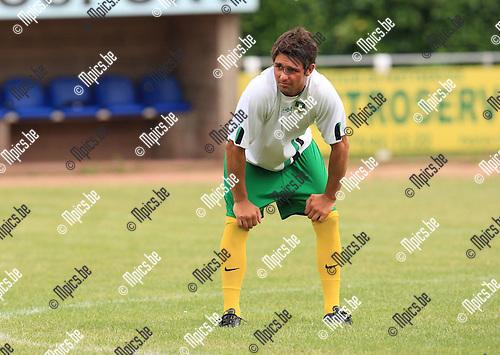2010-06-21 / Voetbal / seizoen 2010-2011 / Schoten SK / Bonifer Spillemaeckers..Foto: mpics