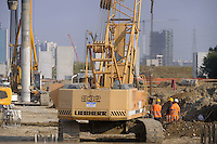 - Milano, cantiere per  l'Esposizione Mondiale Expo 2015<br />