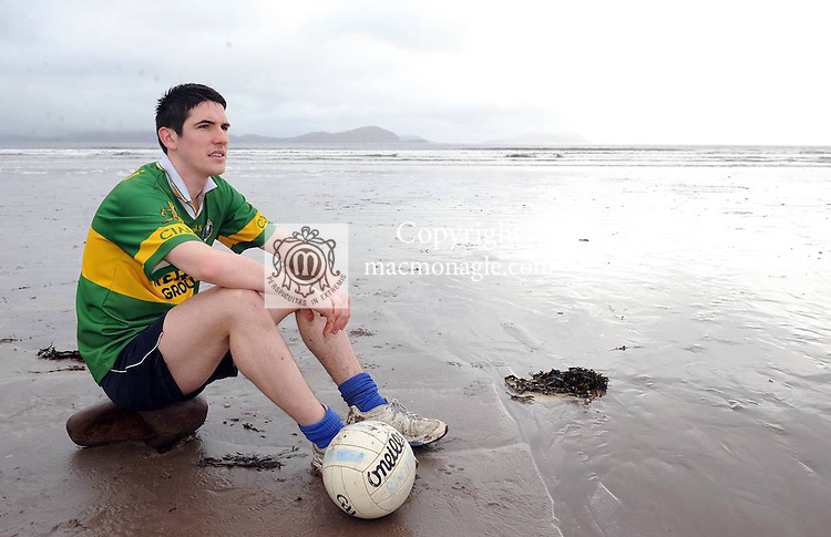 Reenard footballer Kenneth Casey at Reenroe Beach in Ballinskelligs, Co. Kerry.  Kenneth's brother Brendan was on the 2006 team but is now living in New Zealand..  Picture: Eamonn Keogh (MacMonagle, Killarney)