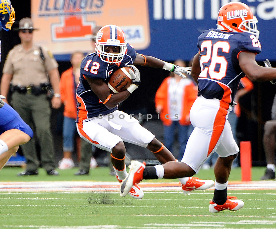 RYAN LANKFORD, of Illinois, in action during Illinois game against South Dakota State on September 10, 2011 at Memorial Stadium in Champaign, IL. Illinois beat South Dakota 56-3.