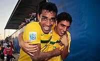 RAVENNA, ITALIA, 10 DE SETEMBRO 2011 - MUNDIAL BEACH SOCCER / BRASIL X PORTUGAL - Andreson (e) e Fred (d) jogadores do Brasil, apos vitoria na partida contra Portugal , válida pela semi-final do Mundial de Futebol de Areiano Estádio Del Mare, em Ravenna, na Itália, neste sábado (10).FOTO: VANESSA CARVALHO - NEWS FREE