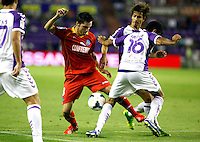 Real Valladolid´s and Getafe's Pablo Sarabia (l) during La Liga match.August 31,2013. (ALTERPHOTOS/Victor Blanco)