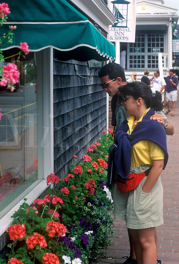 Couple widow shopping in Martha's Vineyard.