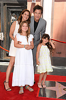 Jason Bateman, Amanda Anka &amp; Family at the Hollywood Walk of Fame Star Ceremony honoring actor Jason Bateman. Los Angeles, USA 26 July 2017<br /> Picture: Paul Smith/Featureflash/SilverHub 0208 004 5359 sales@silverhubmedia.com