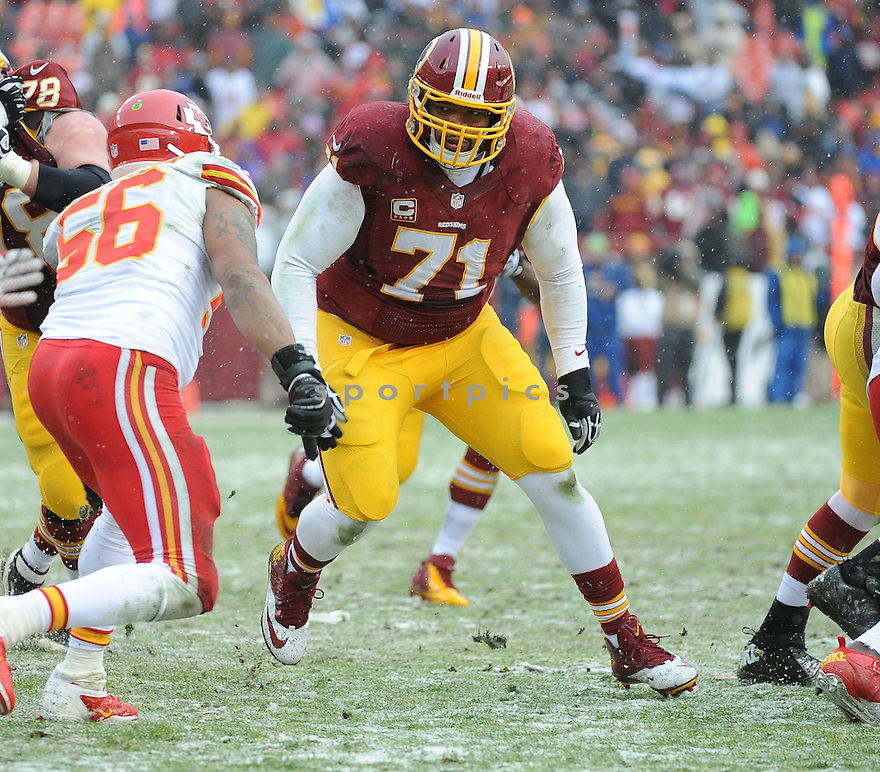 Washington Redskins Trent Williams (71) during a game against the Kansas City Chiefs on December 8, 2013 at FedEx Field in Landover, MD. The Chiefs beat the Redskins 45-10.