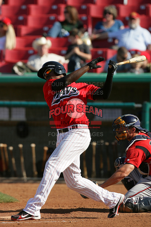 April 18, 2010: Johermyn Chavez of the High Desert Mavericks during game against the Lake Elsinore Storm at Mavericks Stadium in Adelanto,CA.  Photo by Larry Goren/Four Seam Images