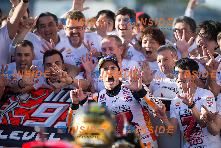 Esultanza Marc Marquez Campione del Mondo <br /> Celebration of Marc MArquez World Champion <br /> Motegi 21-10-2018 <br /> Moto Gp Giappone<br /> Foto Vincent Guignet / Panoramic / Insidefoto