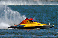 "S-581, ""Twister""            (2.5 Litre Stock hydroplane(s)"