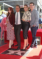 LOS ANGELES, CA - SEPTEMBER 13: Megan Mullally, Eric McCormack, Debra Messing, Sean Hayes, at the Hollywood Walk Of Fame Ceremony honoring Eric McCormack in Los Angeles, California on September 13, 2018. <br /> CAP/MPIFS<br /> &copy;MPIFS/Capital Pictures