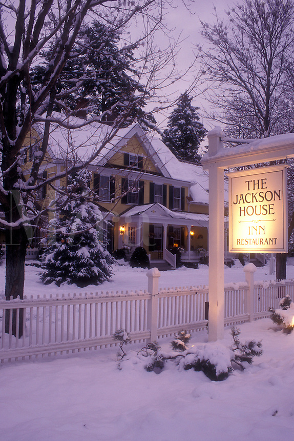 AJ5934, inn, B&B, country inn, lodge, lodging, hotel, winter, Woodstock, evening, snow, The charming Jackson House Inn & Restaurant (a Country Inn) on a snow covered wintry evening in West Woodstock in Windsor County in the state of Vermont.