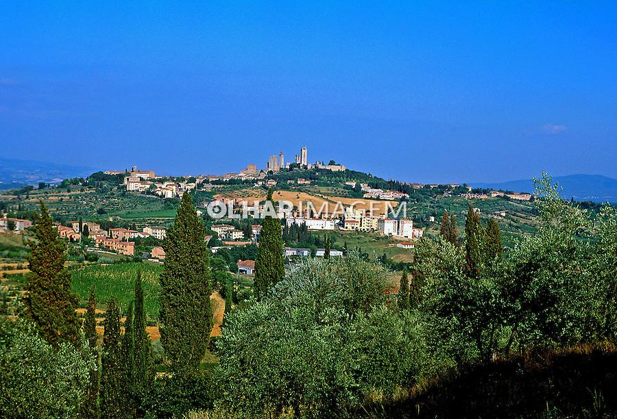 Cidade medieval de San Geminiano. Itália. 1998. Foto de Juca Martins.