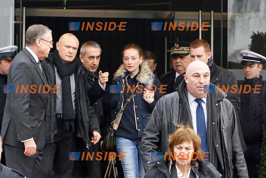 Florence Cassez - Monsieur Lambert (Prefet de Seine Saint Denis) .Parigi 24/1/2013 .Ritorno a Parigi di Florence Cassez, la francese condannata a 60 anni di carcere in Messico con l'accusa di appartenere ad una banda di sequestratori. Florence  Cassez fu arrestata nel 2005; si è sempre dichiarata innocente e la polizia messicana ha ammesso di aver inscenato il suo arresto davanti alle telecamere..Foto Panoramic / Insidefoto.ITALY ONLY
