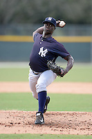 New York Yankees pitcher Manolo Reyes (19) during an Instructional League game against the Pittsburgh Pirates on September 18, 2014 at the Pirate City in Bradenton, Florida.  (Mike Janes/Four Seam Images)