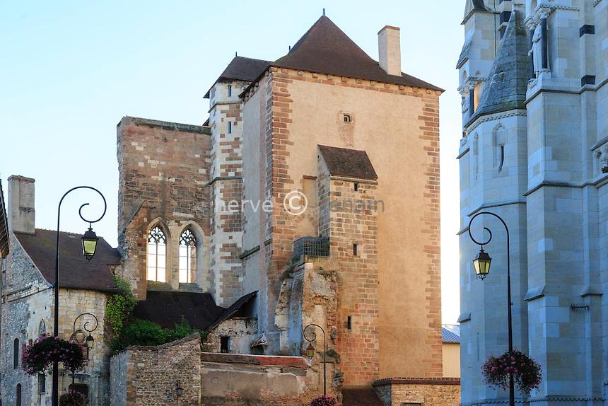 France, Allier (03), Moulins, tour de la  Mal-Coiffée // France, Allier, Moulins, Mal Coiffee Tower