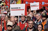 Nederland - Amsterdam-  September 2018. Demonstratie van de FNV. Mensen komen in actie voor pensioen, zekerheid en inkomen.  Foto mag niet in schadelijke context voor de gefotografeerde personen worden gebruikt. Foto Berlinda van Dam / Hollandse Hoogte