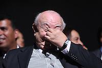 SÃO PAULO,SP,05.11.2013:PREMIAÇÃO CULTURAL/IBIRAPUERA -Ator  Sergio Manberti durante cerimônia da Ordem do Mérito Cultural (OMC), no Auditório Ibirapuera em São Paulo (SP), nesta terça-feira (05). A ministra da Cultura, Marta Suplicy entrega as medalhas para os artistas premiados. A OMC é o maior reconhecimento do Governo Federal a personalidades que contribuem para o desenvolvimento da identidade cultural brasileira.  (Foto: Vanessa Carvalho / Brazil Photo Press).