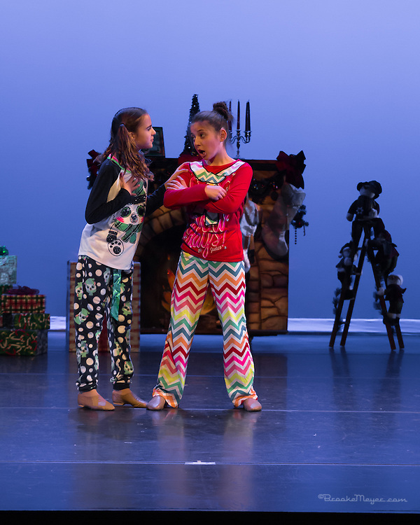 """3D Project Jazz Company, Space & Tech Rehearsal of """"All Wrapped Up"""", Cary Arts Center, 16 Dec. 2013."""