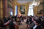 Nederland, Utrecht, 09-03-2012 Heropening Pasuhuize. Optreden Spinvis.FOTO: Gerard Til