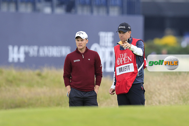 Danny WILLETT (ENG) waits at the 17th green during Monday's Final Round of the 144th Open Championship, St Andrews Old Course, St Andrews, Fife, Scotland. 20/07/2015.<br /> Picture Eoin Clarke, www.golffile.ie