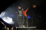 Singers David Bisbal (R) and Luis Fonsi during La Voz in concert.July 11, 2019. (ALTERPHOTOS/Johana Hernandez)