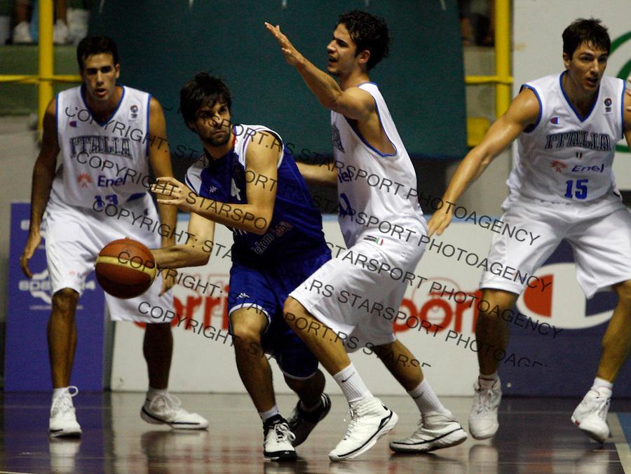 Sport Kosarka Basketball European Championship Qualifier Round 1 Italija Italy Srbija Serbia National Team Sardegna Cagliari Sardinija Kaljari Kvalifikacije Za Evropsko Prvenstvo Milos Teodosic  20.8.2008. (credit image © photo: Pedja Milosavljevic)