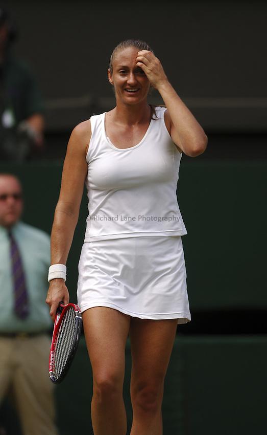 Photo. Jed Wee..Wimbledon Championships. 28/06/2005..Mary Pierce.