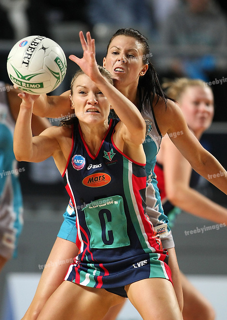 ANZ Championships 2009, Vixens defeat the Thunderbirds in the Grand Final, 26/07/09.Photo: Grant Treeby