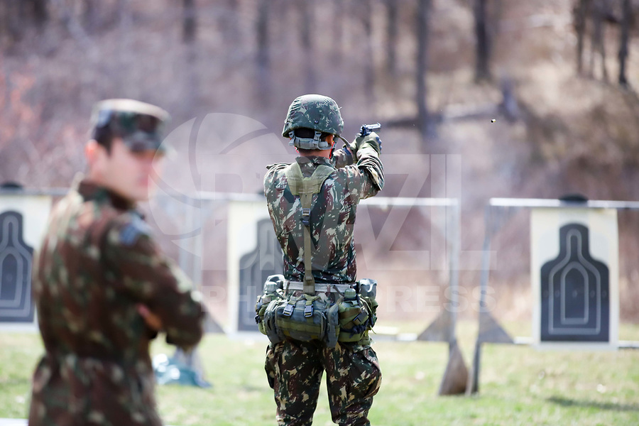 WEST POINT, EUA, 10/04/2019 - COMPETIÇÃO-MILITAR - Soldados da equipe do Brasil durante preparação para o Sandhurst West Point 2019 na U.S Military Academy na cidade de West Point nos Estados Unidos nesta quarta-feira, 10. (Foto: William Volcov/Brazil Photo Press/Folhapress)