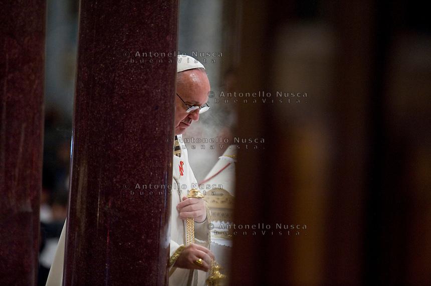 Papa Francesco durante la celebrazione della Santa Messa nella Basilica di San Paolo