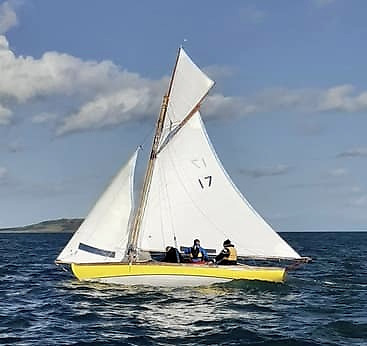 Peter Courtney racing Howth 17 Oonagh – his family first became involved in the Howth 17 class in 1907