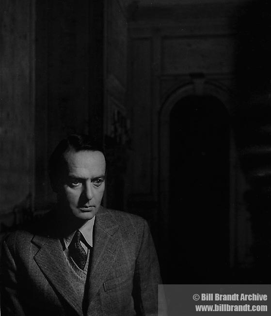 Tom Hopkinson, 1946